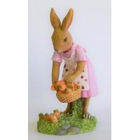 Hasenfrau als Gärtnerin 13 cm